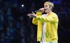 Justin Bieber performs for the Z100 Jingle Ball 2016