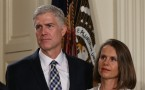 Judge Neil Gorsuch and his wife Louise in the nomination ceremony.