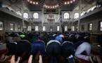 Muslim worshippers